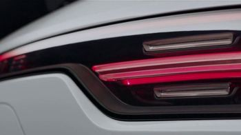 2020 Porsche Cayenne TV Spot, 'Blur' [T2] - Thumbnail 2