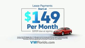 Volkswagen TV Spot, 'You Get Both' [T2] - Thumbnail 7