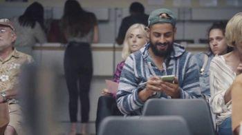 Candy Crush TV Spot, 'Esperando en el DMV' [Spanish]