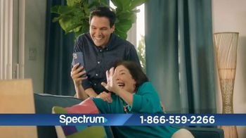 Spectrum Internet TV Spot, 'Rompe el hielo' con Gaby Espino [Spanish] - Thumbnail 5