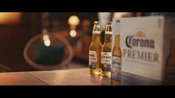 Corona Premier TV Spot, 'Cena' canción de King Floyd [Spanish] - Thumbnail 4