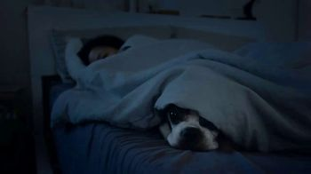 Fitbit TV Spot, 'We're All in This Together' - Thumbnail 6