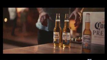 Corona Premier TV Spot, 'Dinner Date' Song by King Floyd - Thumbnail 7