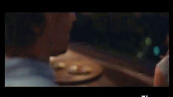 Corona Premier TV Spot, 'Dinner Date' Song by King Floyd - Thumbnail 8