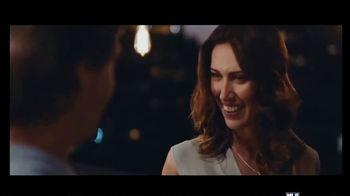 Corona Premier TV Spot, 'Dinner Date' Song by King Floyd - Thumbnail 9