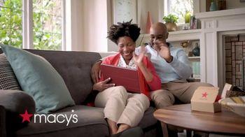 Macy's TV Spot, 'Juntos' [Spanish] - Thumbnail 2