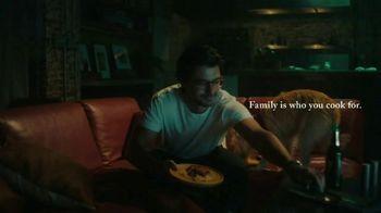 Classico Tomato & Basil TV Spot, 'Family: Dog' - Thumbnail 7