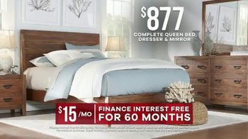 Rooms to Go Labor Day Sale TV Spot, 'Queen Bedroom Set in Two Finishes' - Thumbnail 6
