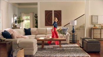La-Z-Boy 37 Hour Sale TV Spot, 'So Many Colors' Featuring Kristen Bell - Thumbnail 2