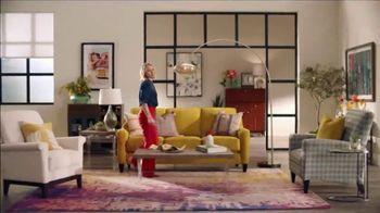 La-Z-Boy 37 Hour Sale TV Spot, 'So Many Colors' Featuring Kristen Bell - Thumbnail 5