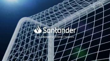 Santander Bank TV Spot, 'Esto es la Champions' [Spanish] - Thumbnail 6