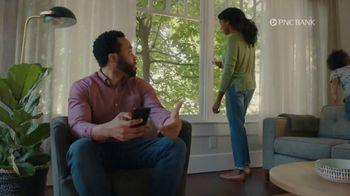 PNC Bank Virtual Wallet Checking Pro TV Spot, 'Pizza Tracking' - Thumbnail 7