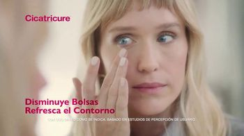 Cicatricure Eye Anti-Wrinkle TV Spot, 'Disminuye bolsas' [Spanish] - Thumbnail 7