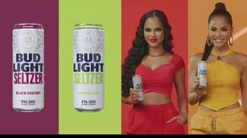 Bud Light Seltzer TV Spot, 'Celebra con Premios Juventud: noche única' con Natti Natasha [Spanish] - Thumbnail 5