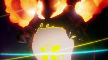 Pokemon Trading Card Game: Sword & Shield Darkness Ablaze TV Spot, 'Ingites in the Shadows' - Thumbnail 3
