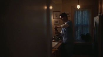 Classico Roasted Garlic TV Spot, 'Family: Healthcare Worker' - Thumbnail 1