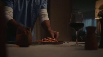 Classico Roasted Garlic TV Spot, 'Family: Healthcare Worker' - Thumbnail 4