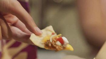 Taco Bell Grande Nachos Box TV Spot, 'The Rules' - Thumbnail 5