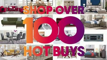 Rooms to Go TV Spot, 'Over 100 Hot Buys: $10 a Month' - Thumbnail 3