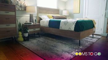 Rooms to Go TV Spot, 'Over 100 Hot Buys: $10 a Month' - Thumbnail 5