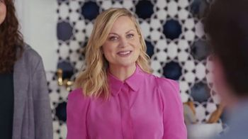XFINITY Internet TV Spot, 'Open House: $24.99 a Month' Featuring Amy Poehler - Thumbnail 7