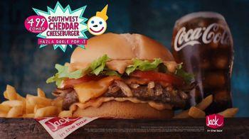 Jack in the Box Southwest Cheddar Cheeseburger Combo TV Spot, 'Menutauro' [Spanish] - Thumbnail 7
