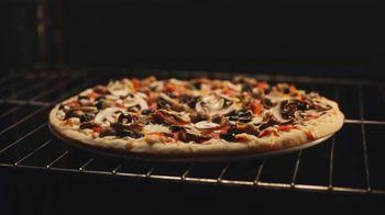 Papa Murphy's Signature Hawaiian Pizza TV Spot, 'Where the Cozy Is' - Thumbnail 6
