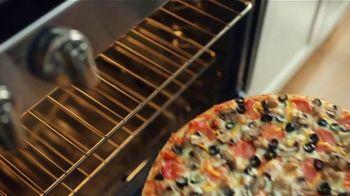 Papa Murphy's Signature Hawaiian Pizza TV Spot, 'Where the Cozy Is' - Thumbnail 7