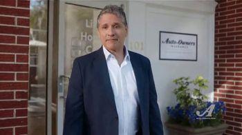 Auto-Owners Insurance TV Spot, 'Simple Human Sense: Name' - Thumbnail 4