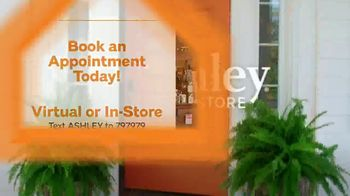 Ashley HomeStore Stars and Stripes Sale TV Spot, 'Save 20 Percent Off Storewide' - Thumbnail 8