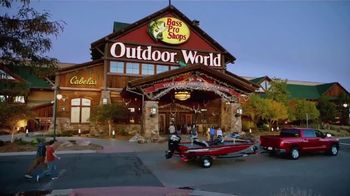 Bass Pro Shops TV Spot, 'One Stop You Can't Afford to Miss: Campfires and Starry Skies' - Thumbnail 7