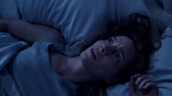 Vicks ZzzQuil PURE Zzzs All Night TV Spot, 'Up at 2 AM' - Thumbnail 1