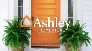 Ashley HomeStore Stars and Stripes Sale TV Spot, '4th of July Doorbusters: Sofa and Dining Table' - Thumbnail 10