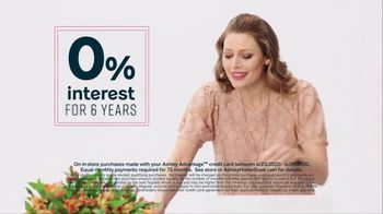 Ashley HomeStore Stars and Stripes Sale TV Spot, '4th of July Doorbusters: Sofa and Dining Table' - Thumbnail 7