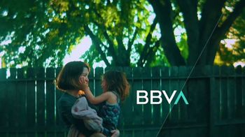 BBVA Compass TV Spot, 'With You: Visit a Branch' - Thumbnail 10