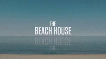 Shudder TV Spot, 'The Beach House' - Thumbnail 6