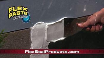 Flex Seal TV Spot, 'Familia de productos: bloquear el agua' con Phil Swift [Spanish] - Thumbnail 5