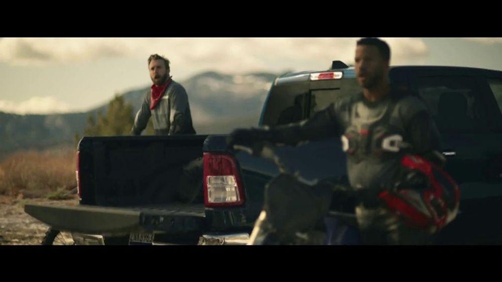 2020 GMC Sierra TV Commercial, 'Jaw Drop: Bear' [T2]