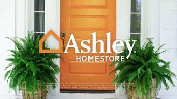 Ashley HomeStore Grand Reopening Event TV Spot, 'Last Chance' - Thumbnail 9