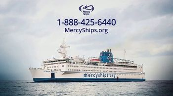 Mercy Ships TV Spot, 'Around the World' - Thumbnail 10