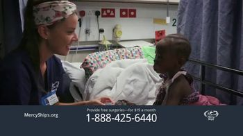 Mercy Ships TV Spot, 'Around the World' - Thumbnail 5