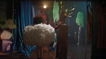 Kleenex Ultra Soft TV Spot, 'Recital' - Thumbnail 3