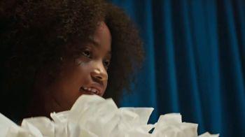 Kleenex Ultra Soft TV Spot, 'Recital' - Thumbnail 4