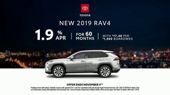 2019 Toyota RAV4 TV Spot, 'Dear Mean Streets' [T2] - Thumbnail 6