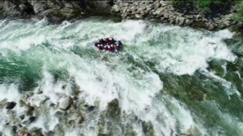 2020 Land Rover Discovery Sport TV Spot, 'River Rafting' [T2] - Thumbnail 1