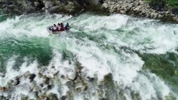 2020 Land Rover Discovery Sport TV Spot, 'River Rafting' [T2] - Thumbnail 2