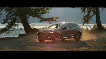 2020 Volvo XC60 TV Spot, 'Jogger' [T1]