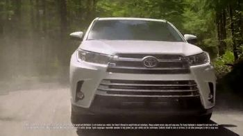 2019 Toyota Highlander TV Spot, 'Dear Pups' [T2] - Thumbnail 2