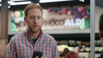 ALDI TV Spot, \'Does She Like Cheese or Chess?\'