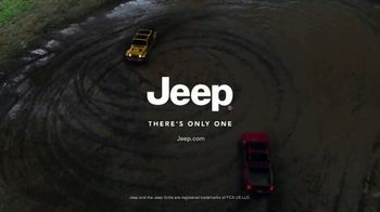 Jeep Gladiator TV Spot, 'All the Fun' Song by Bobby Darin [T1] - Thumbnail 10
